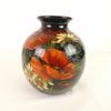 Joli vase décoré à la main