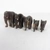 Lot de 4 petits éléphant en bois taillé main
