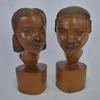 Paire de statuettes en bois