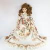 Poupée de porcelaine robe ancienne (type Louis XIV) - Réf RTTSDS4817103