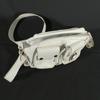Pochette blanche avec 2 mini-poches extérieures