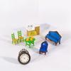 Lot de meubles de maison de poupée vintage