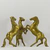 Statuette trio de chevaux cabrés en laiton
