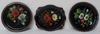 Lot d'assiettes décoratives motif floral peint à la main