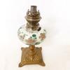 Pied de lampe à pétrole en laiton et verre décor fleurs réalisé main