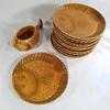 Service 12 assiettes + Saucier Poisson en Faïence Atelier d'Art du Revernay