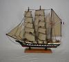Grande maquette de bateau