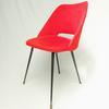 Chaise « tonneau » moumoute rouge, années 60