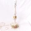 Pied de lampe en barbotine avec roses sculptées