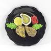 Assiette décorative vintage en barbotine