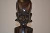 Buste de femme africaine en bois sculpté