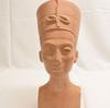 Reproduction reine Néfertiti musée du Louvre