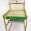 Établi en bois avec accessoires