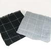 Lot de deux étoles  carré 1 noire 1 grise neuf