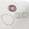 Lot de bracelets et un collier