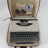 Machine à écrire portable- underwood 18 année 60