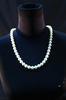 Collier de fausses grosses perles