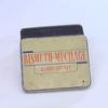 Bismuth-Mucilage boîte métallique vintage