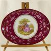 Grand plat de service en porcelaine de Limoges décor scène galante Fragonard