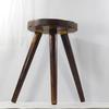 Petit tabouret ou sellette porte plante tripode en bois style rustique