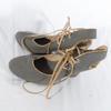Escarpins à lacets petits pois