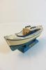 Petite maquette de bateaux nommée la Pinasse d'Arcachon