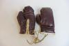 Gants de boxe vintage en extérieur cuir et intérieur tissu