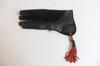 Gant Aigle en cuir mi- souple 35 cm de couleur noir de Pirrotta Falconry.