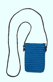Pochette passeport bleue - Photo 0 Pochette passeport bleue - Photo 1 7122572a33c