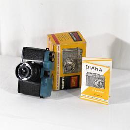 """Jouet appareil photo """"Caméra Jouets"""", Diana, n ° 151, années 60 - Photo 0"""