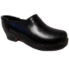 Sabot traditionnel galoche en bois   cuir vernis noir Chaussure artisanale  P 38 - Photo ... 6b5e38d06afb