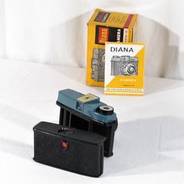 """Jouet appareil photo """"Caméra Jouets"""", Diana, n ° 151, années 60 - Image 1"""
