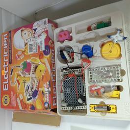 jeu de construction sur l'électricité - Buki France - Photo 0
