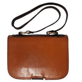 0bb74640b1 ... Petit sac besace vintage en cuir bicolore camel et marron foncé - Photo  1