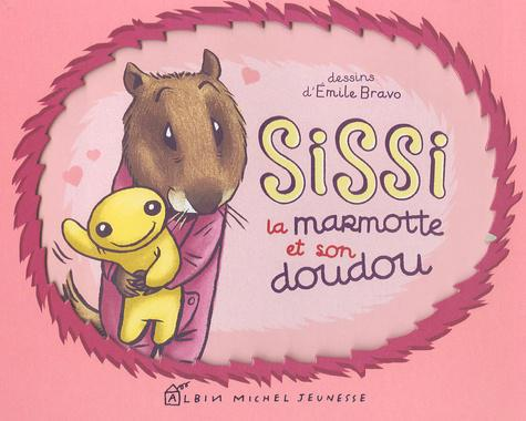 Sissi la marmotte et son doudou - Photo 0
