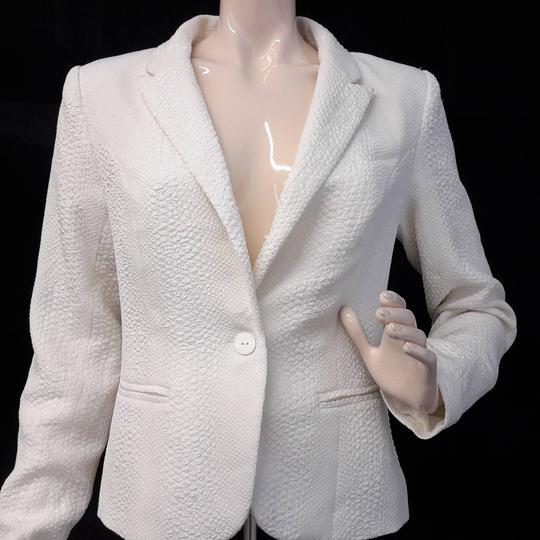 20b67f2cddb6b Taille 40 blazer blanc cassé motifs en relief pour femme de la marque ONLY  RTTSDS211861 ...