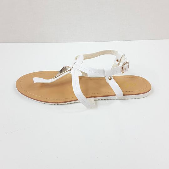 Sandales blanches pour femme RTTSDS3118123 sur Label Emmaüs ... 4276a6bb292c