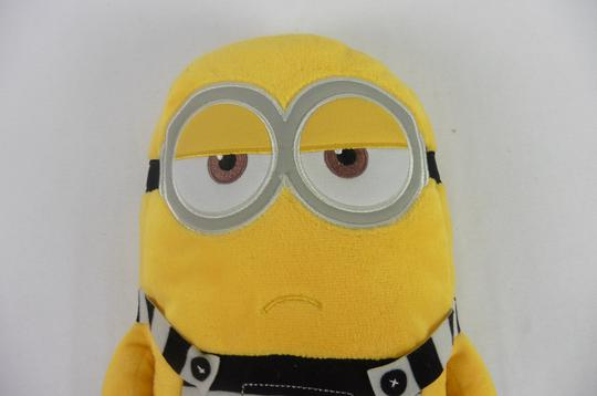 Peluche Minion Prisonnier 31cm Illuminations entertainments - Photo 2