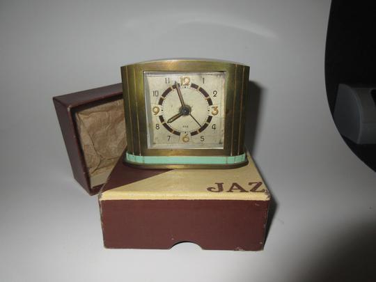 Ancien réveil JAZ en métal N° 2000