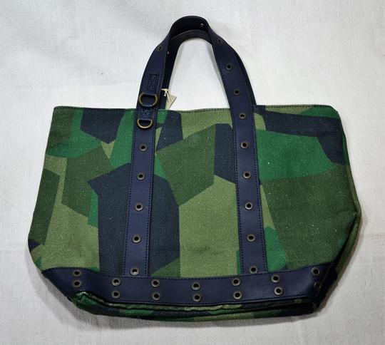 qualité incroyable style unique remise spéciale de Sac Cabas Camouflage Kaki Moyen - Vanessa Bruno