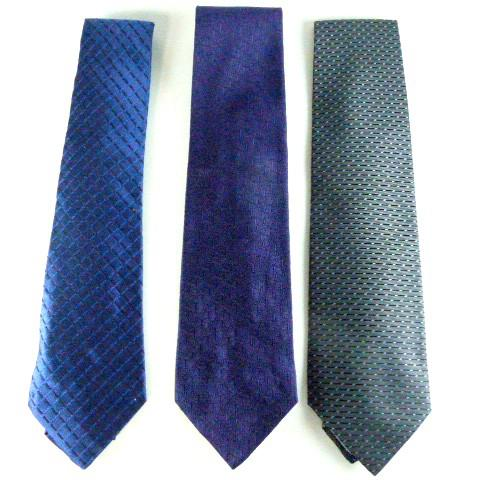 520b1f25932 Cravates CHRISTIAN DIOR sur Label Emmaüs