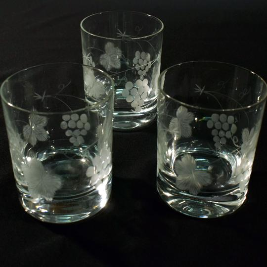 37bb1afb6487bd Lotde 3 verres en cristal sur Label Emmaüs, boutique en ligne solidaire