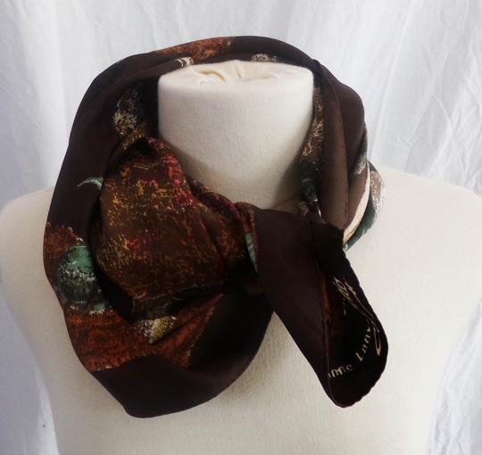 Foulard marron en soie sur Label Emmaüs, boutique en ligne solidaire e06687d22e5