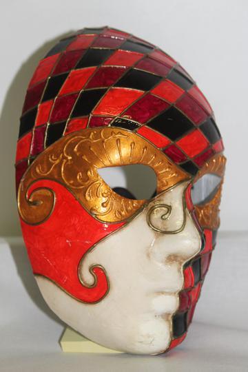 Masque Arlequin Sur Label Emmaüs Boutique En Ligne Solidaire
