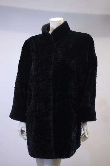 7d5a81020 Manteau en fausse fourrure noir « Comme Du Vrai »
