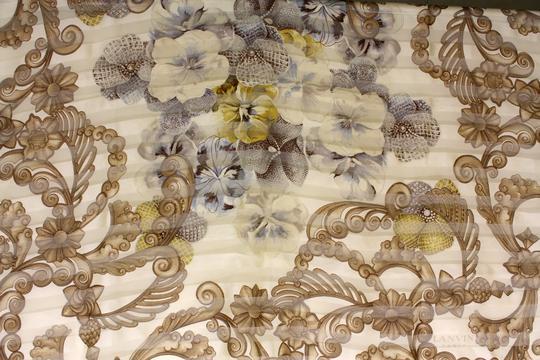 foulard Lanvin Paris sur Label Emmaüs, boutique en ligne solidaire 3042366c541