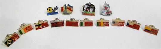 Collection de 14 Pin's Football - Photo 2