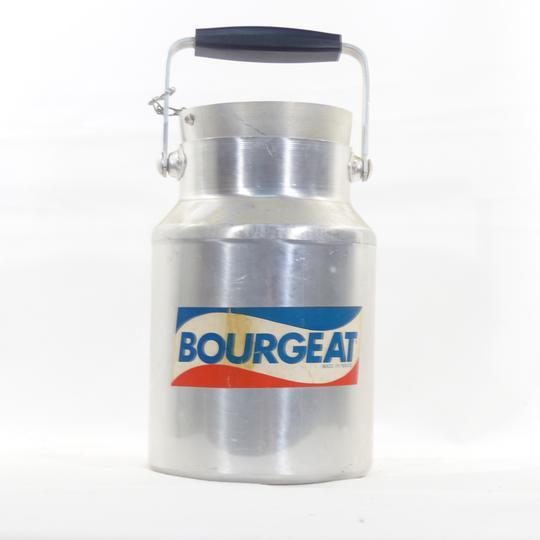 ancien bidon lait bourgeat sur label emma s boutique en ligne solidaire. Black Bedroom Furniture Sets. Home Design Ideas