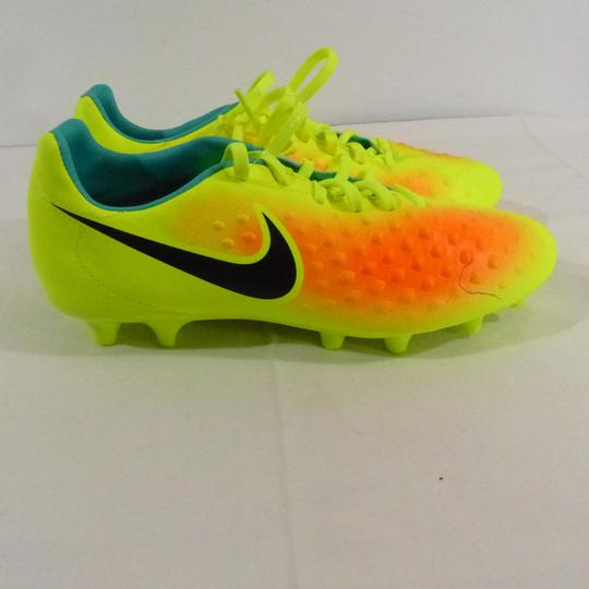 chaussure foot nike 41