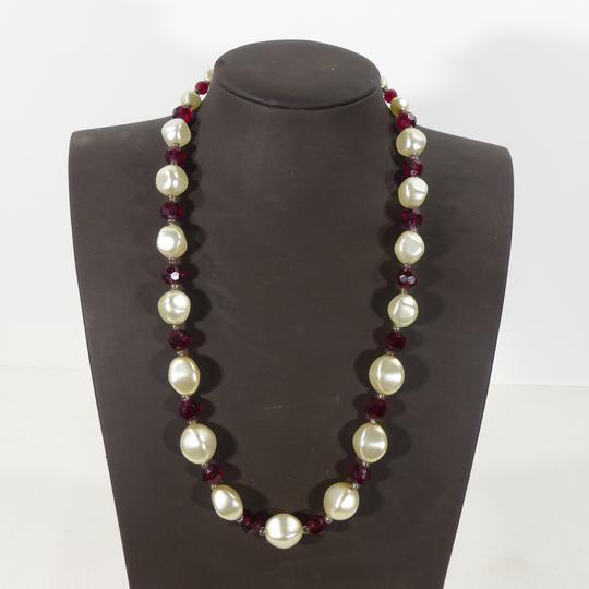 95d315ec9b9d5 Collier fantaisie imitation perles et rubis sur Label Emmaüs ...